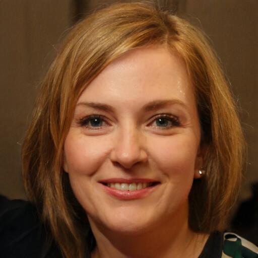 Nadine Bloch